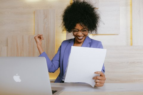 Staffing Agencies Help You Fine-Tune Your Resume